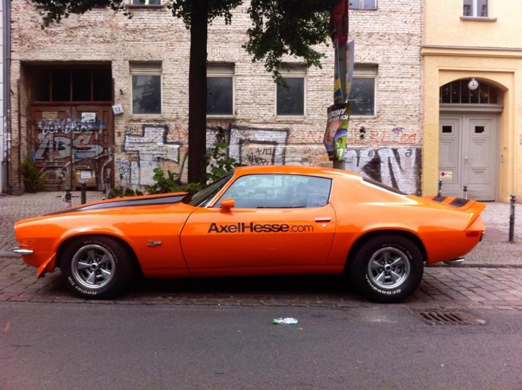 Oldtimer Berlin: Pontiac Firebird - Was für ein Geschoss!