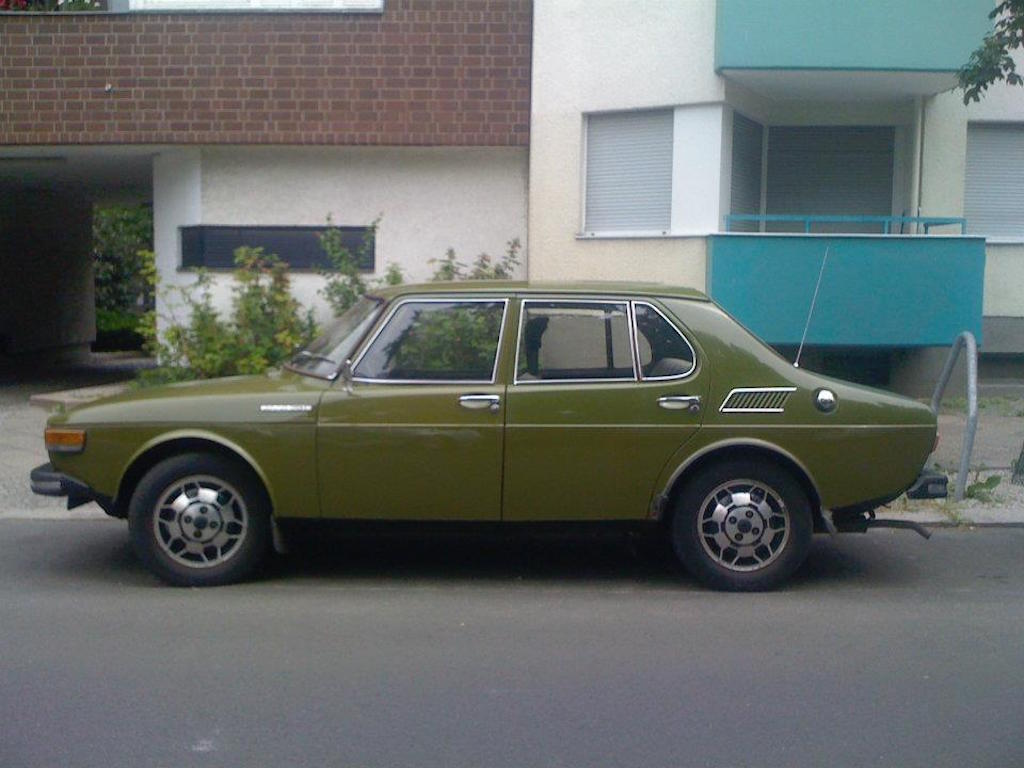 Oldtimer Berlin: Saab 99E