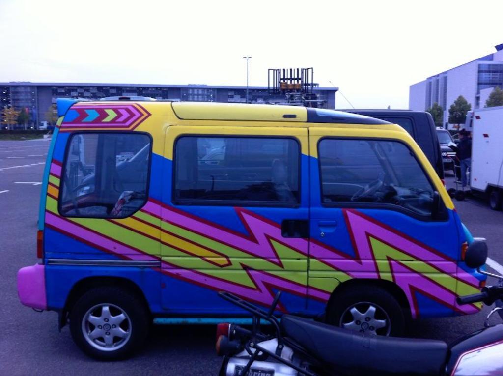 Oldtimer Berlin: Suzuki Every Wagon