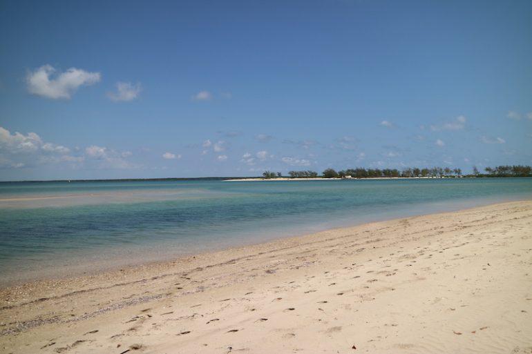 Strände Kenia: Strand und Wasser in Manda Bay
