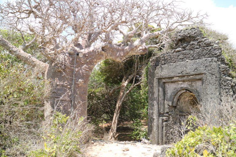 Kenia Strand: Ruine am Garoda Beach