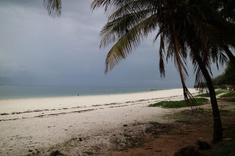 Kenia Strand: Palmen, Sand und Meer am Nyali Beach