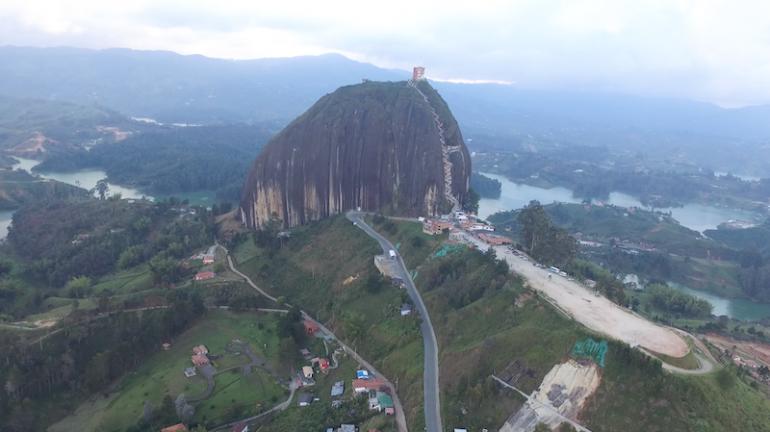 Kolumbien Reisetipps: Der berühmte Felsen von Guatape
