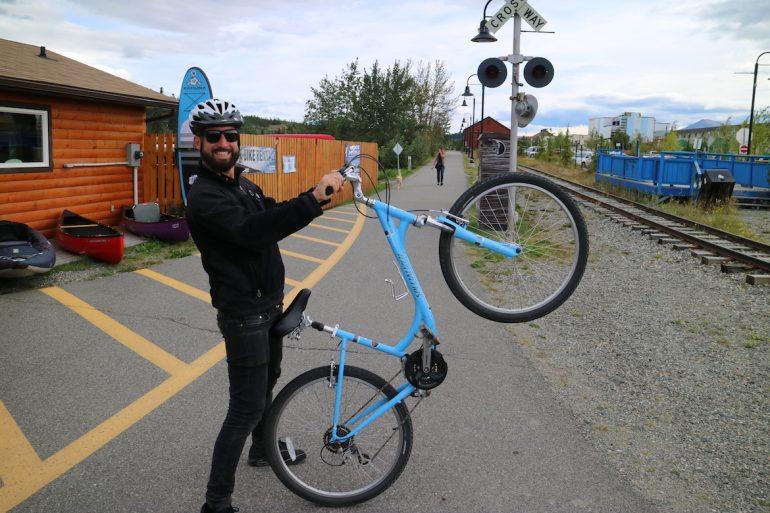 Yukon: Marco Buch auf Fahrradtour in Whitehorse