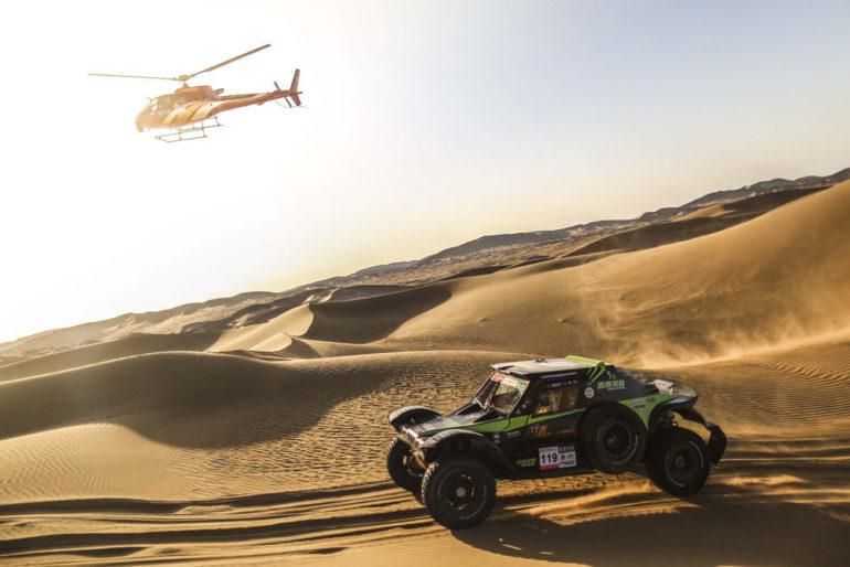 Dakar Rally in China: Helikopter und Buggy in der Wüste Gobi