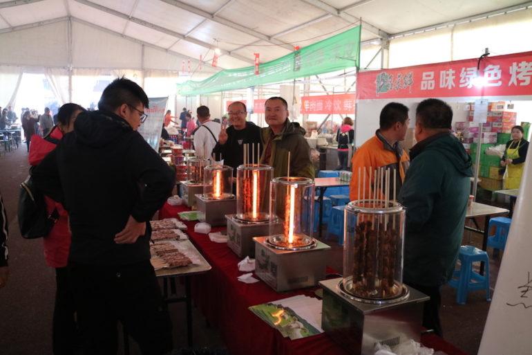 FB Life Festival: Garküchen und hungrige Besucher