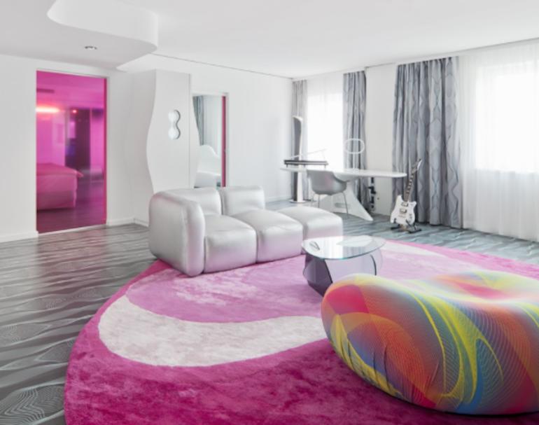 Außergewöhnliche Hotels Berlin: Nhow Hotel