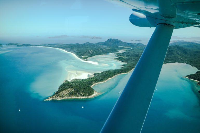 Whitsundays: Flugzeug über Whitehaven Beach und Hill Inlet