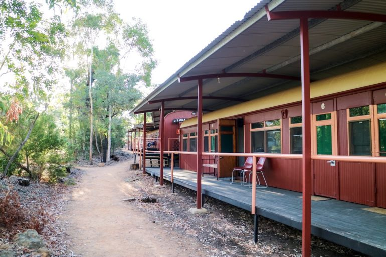 Great Barrier Reef: Eisenbahnwaggon bei der Undara Experience.