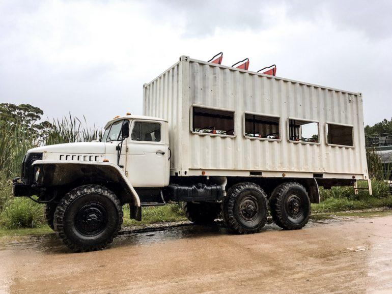 Uruguay Sehenswürdigkeiten: Russischer LKW in Cabo Polonio
