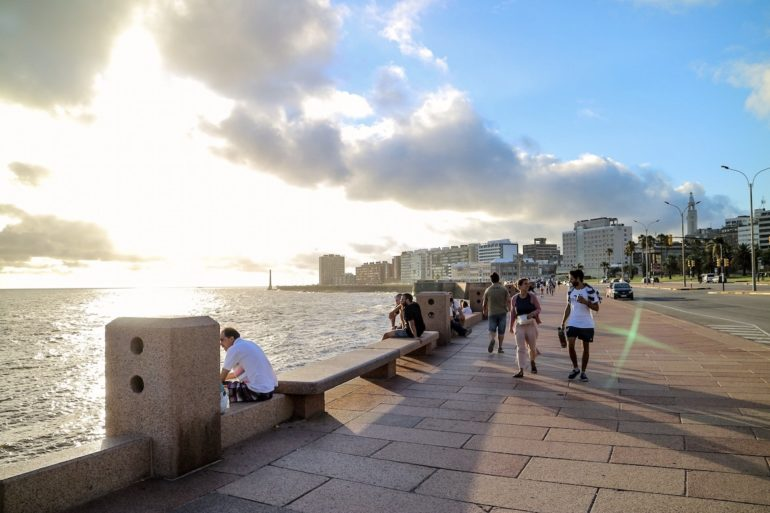 Uruguay Sehenswürdigkeiten: Rambla Montevideo