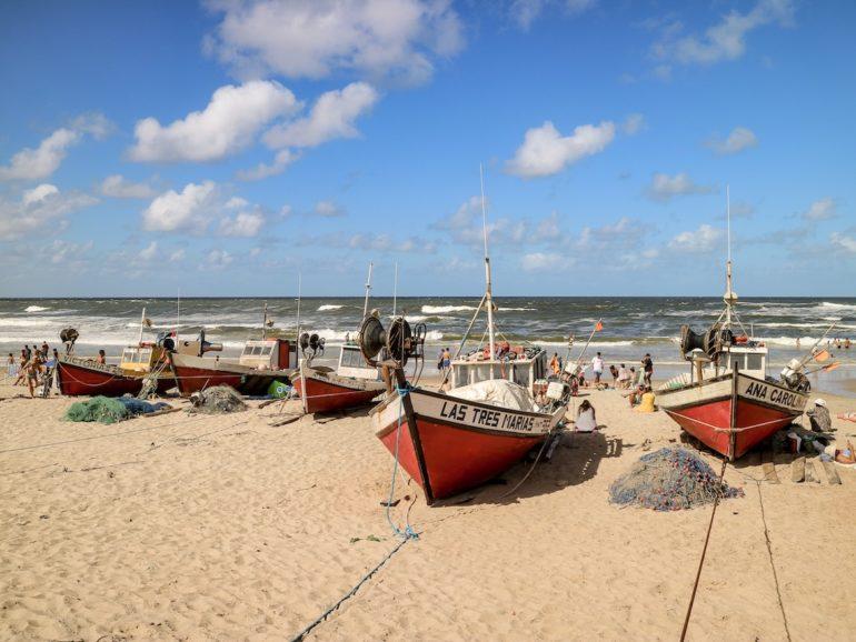 Uruguay Sehenswürdigkeiten: Playa de los Pescadores in Punta del Diablo