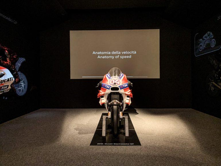 Motorrad im Ducati Museum in Emilia Romagna