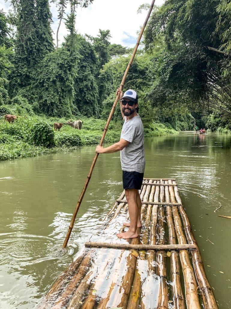 Jamaika Urlaub: Marco Buch beim Rafting auf dem Martha Brae River