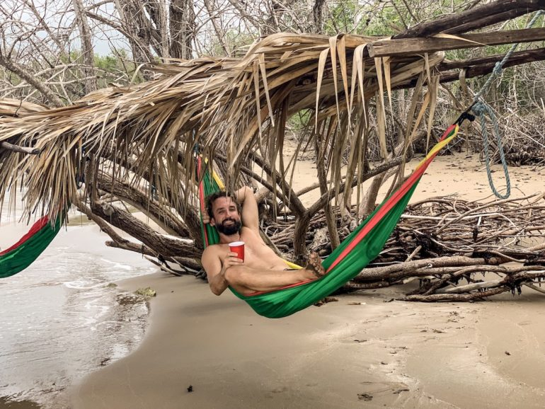 Jamaika Urlaub: Marco Buch in einer Hängematte