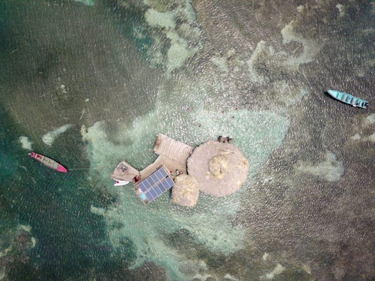 Jamaica Urlaub: Luftaufnahme der Pelican Bar
