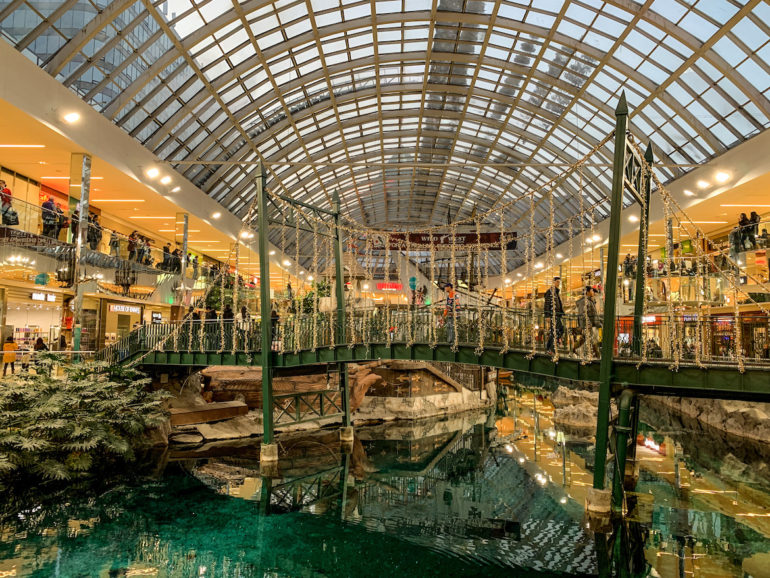 Alberta Highlights: Schiff in der West Edmonton Mall