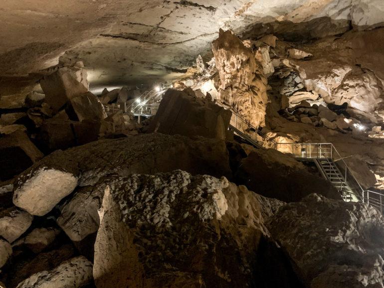 Blick in die Al-Hoota Höhle im Oman