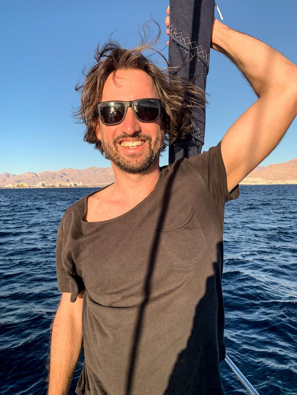 Marco Buch auf einem Boot in Eilat