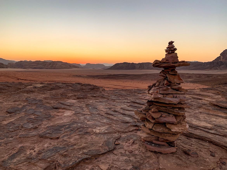Felsen im Sonnenuntergang in Wadi Rum